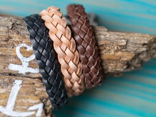 3 Lederarmbänder, schwarz, beige, braun, Muster Flow